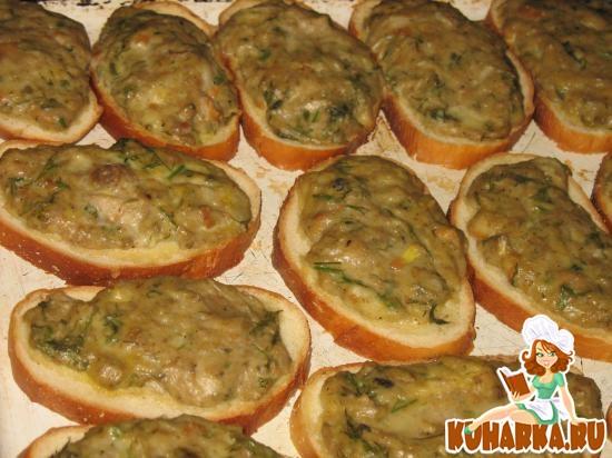 Рецепт Гренки с рыбным фаршем и зеленью
