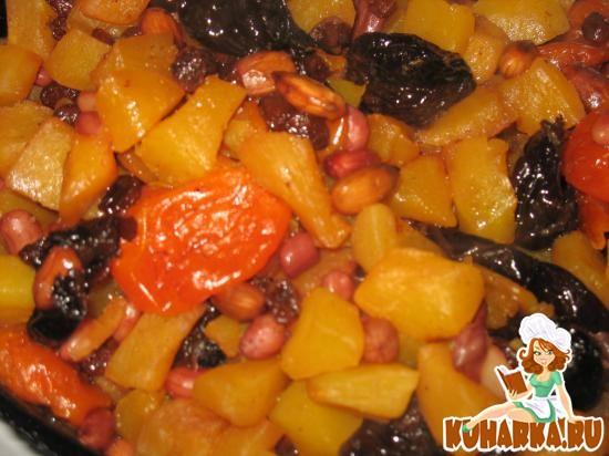 Рецепт Кабачок с орехами и сухофруктами