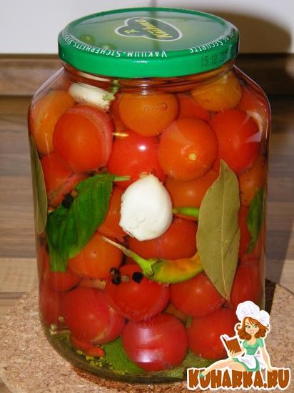 Рецепт Быстрые маринованные помидоры с базиликом