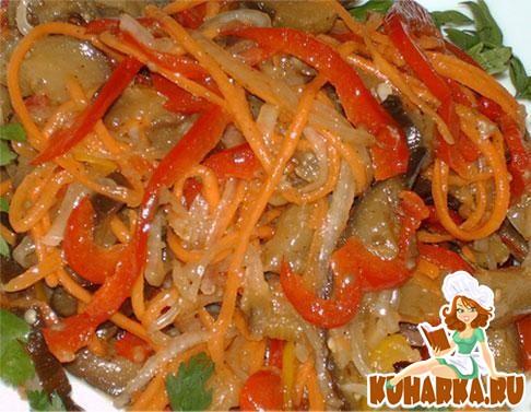 Рецепт Салат из баклажанов и свежих овощей.
