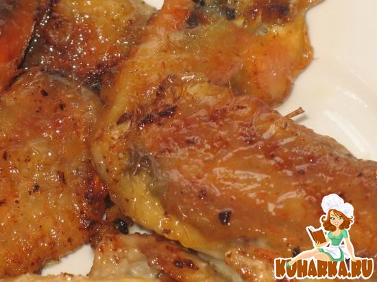 """Рецепт «Пальчики"""" из куриной шкурки с черным хлебом, черносливом и овощами"""