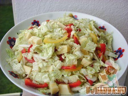 Рецепт Салат с пекинской капустой и сыром