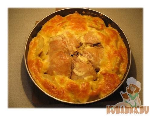 Рецепт Куриные бедра в картофельном кольце