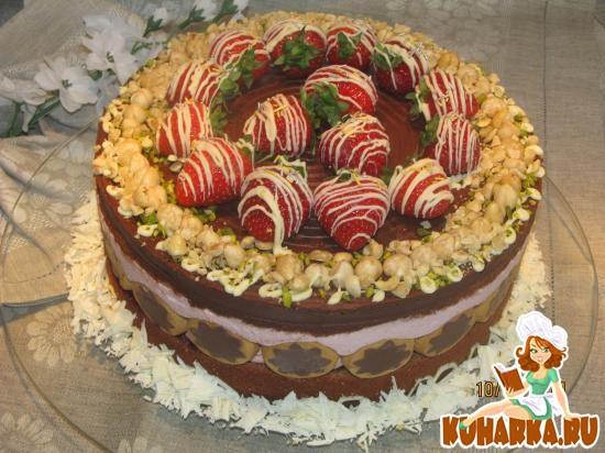 Рецепт Шоколадный торт с клубничным суфле