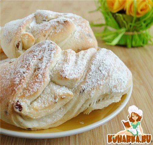 Рецепт Постные витые булочки с изюмом
