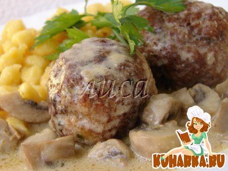 Рецепт Фрикадельки в сливочно-грибном соусе
